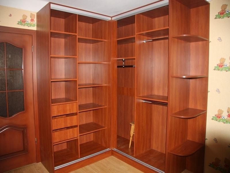 Влияние текстуры материала на внешний вид готовой мебели из ДСП